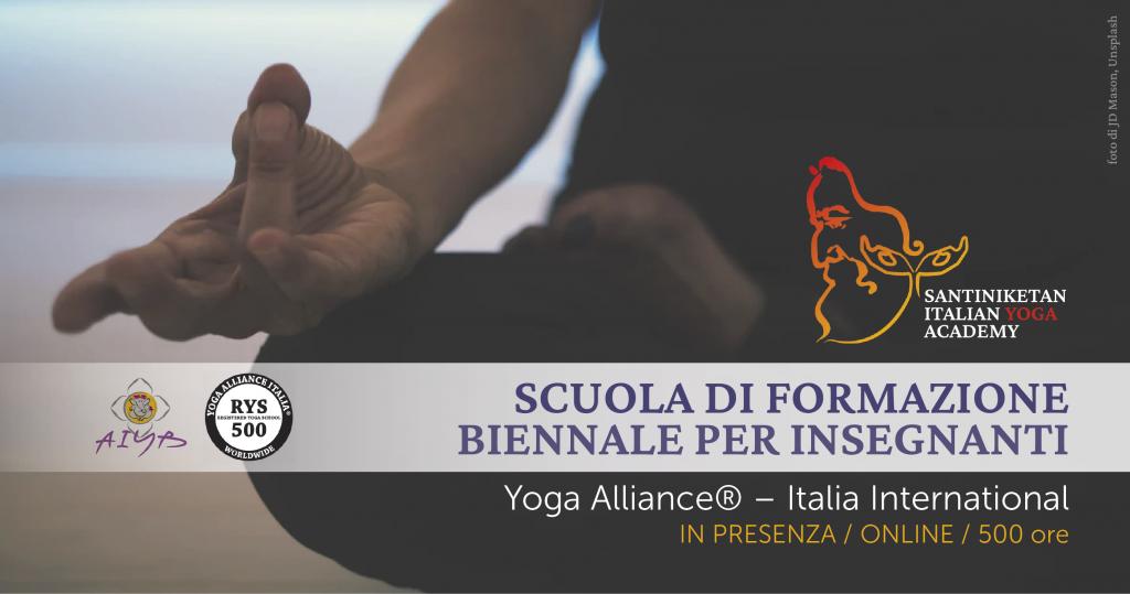 Santiniketan scuola di formazione biennale per insegnanti di Yoga 2021-2023